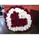 Какую композицию из цветов заказать на 14 февраля