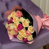 25 Цветных роз