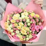 35 кущових троянд mix