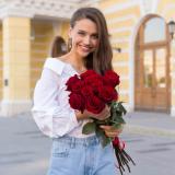 11 Червоних троянд