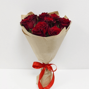 9 Червоних троянд