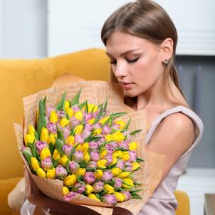101 Розово-желтий тюльпан