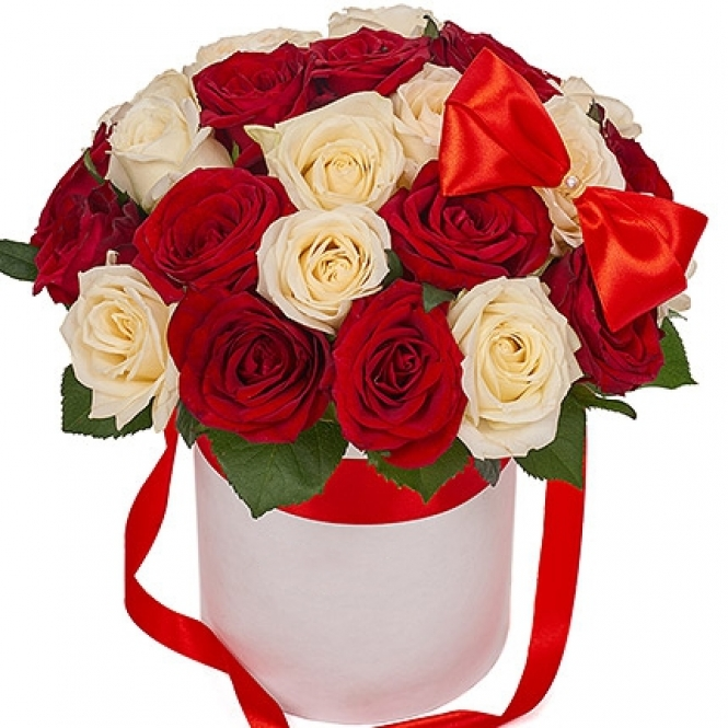25 red and white roses in a hat box