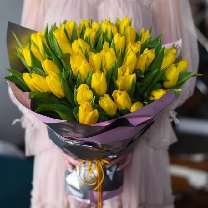 51 Жовтий тюльпан