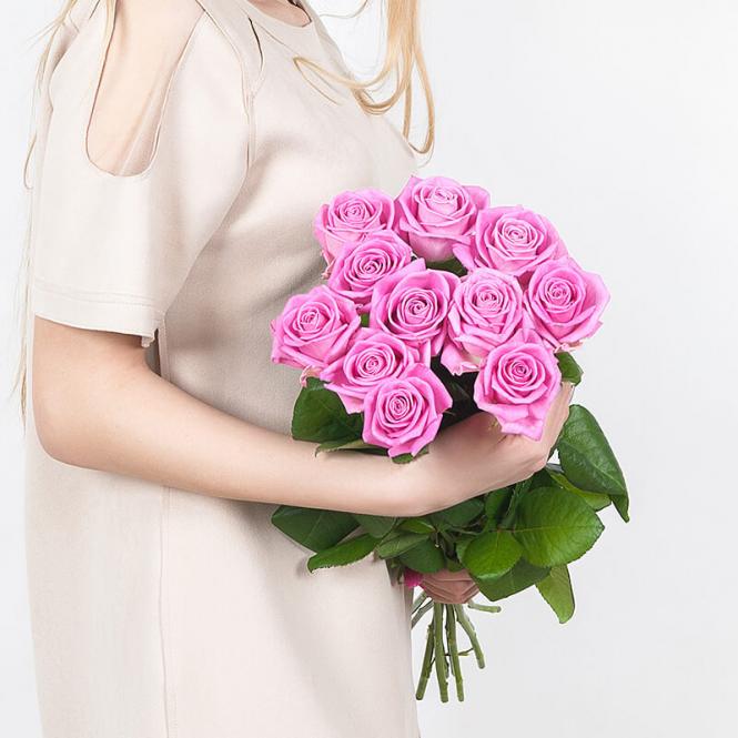 11 Рожевих троянд