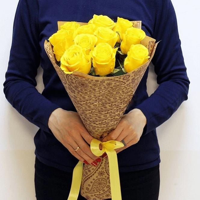 11 Жовтих троянд