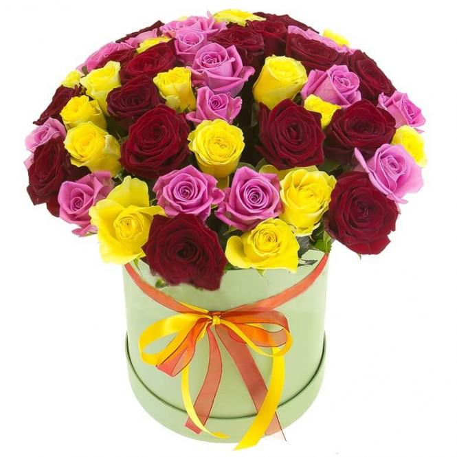 31 роза микс в шляпной коробке