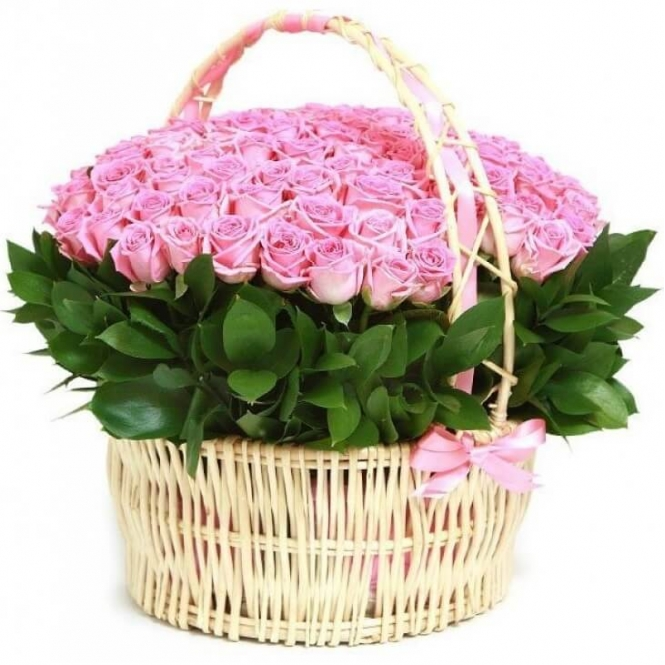 """Кошик """"151 рожева троянда"""""""