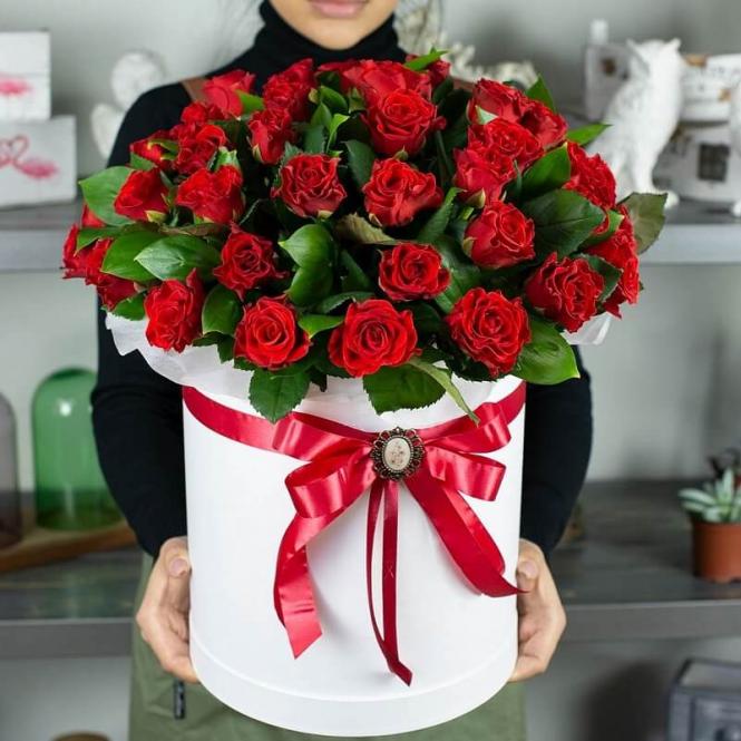 51 роза Ель торо в коробці