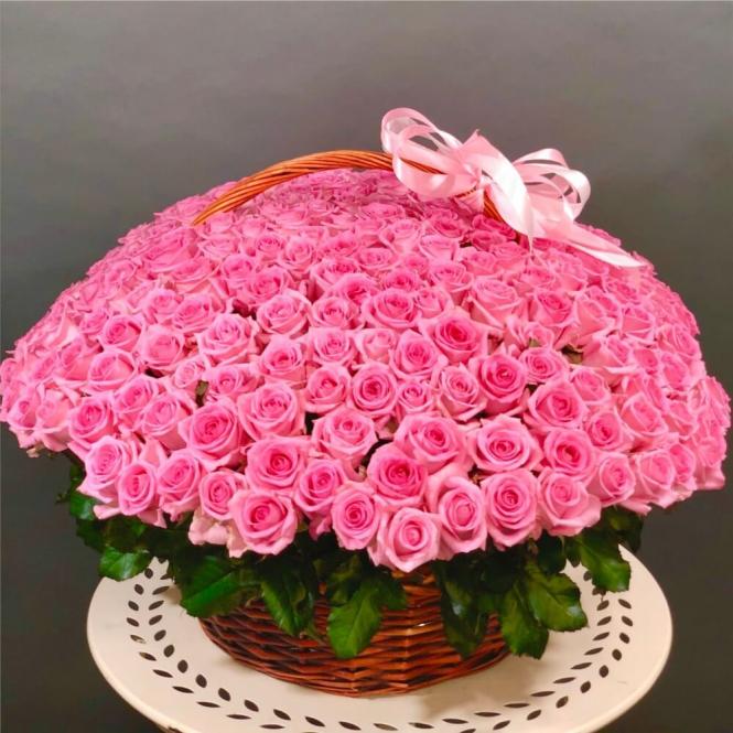 """Кошик """"501 рожева троянда"""""""