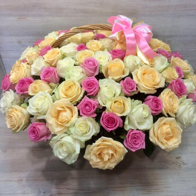 """Basket """"101 colored roses"""""""