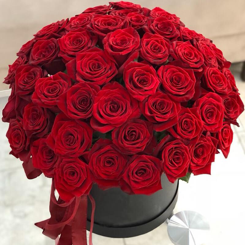 картинки с красными розами букеты большие поклонников